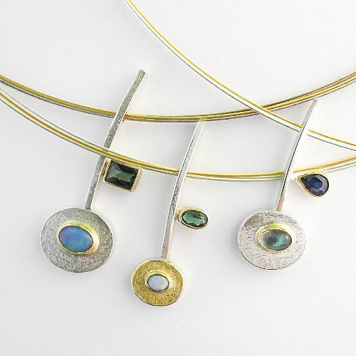 Halsschmuck mit Opalen und Turmalinen von Isabell Kellner